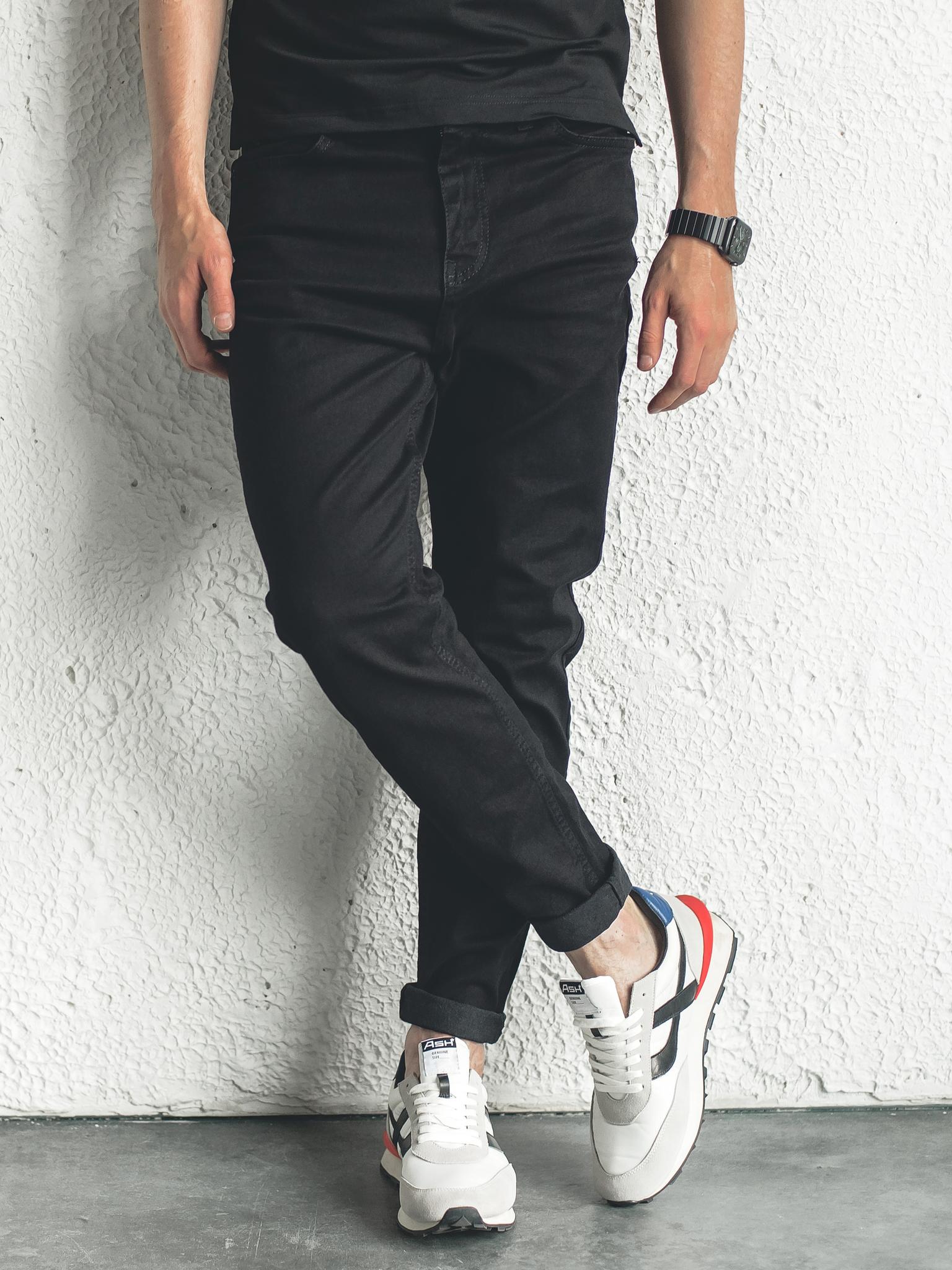 Хорошие тёмные джинсы