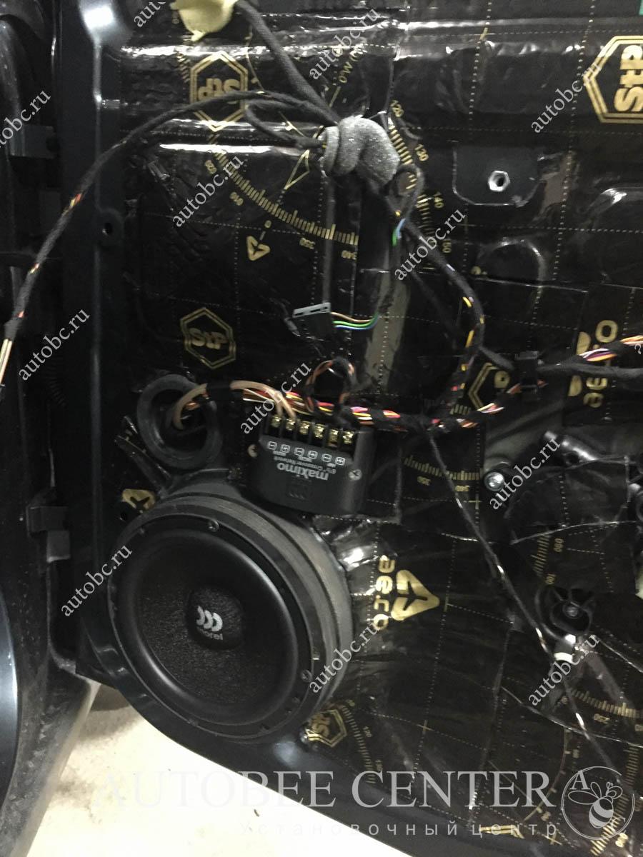Skoda Octavia (шумоизоляция дверей и  акустика)