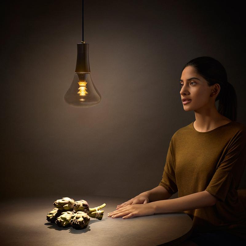 Декоративная лампа Plumen 003