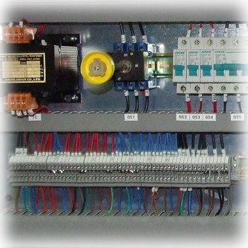 Кромкооблицовочный_станок_XiaoFeng_MFB600_Электрооборудование
