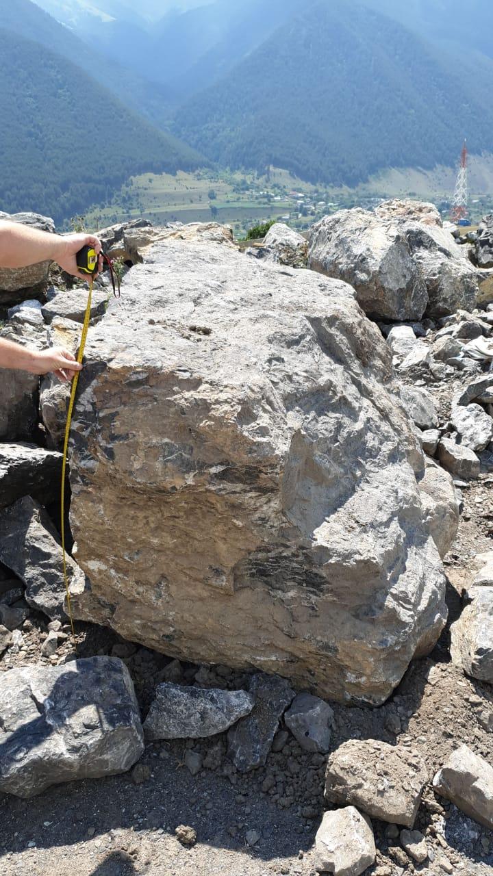 Глыба камень мраморный Чёрный 1