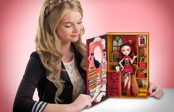 Игровой набор Лиззи Хартс с куклой Эвер Афтер Хай