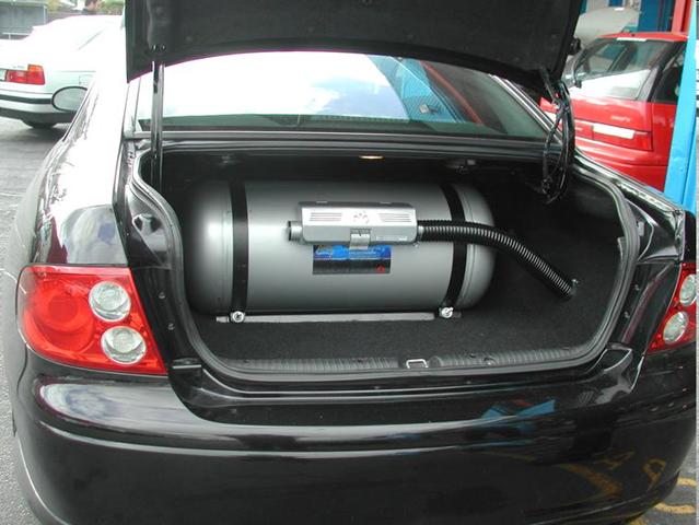 Баллон газовый в автомобиле