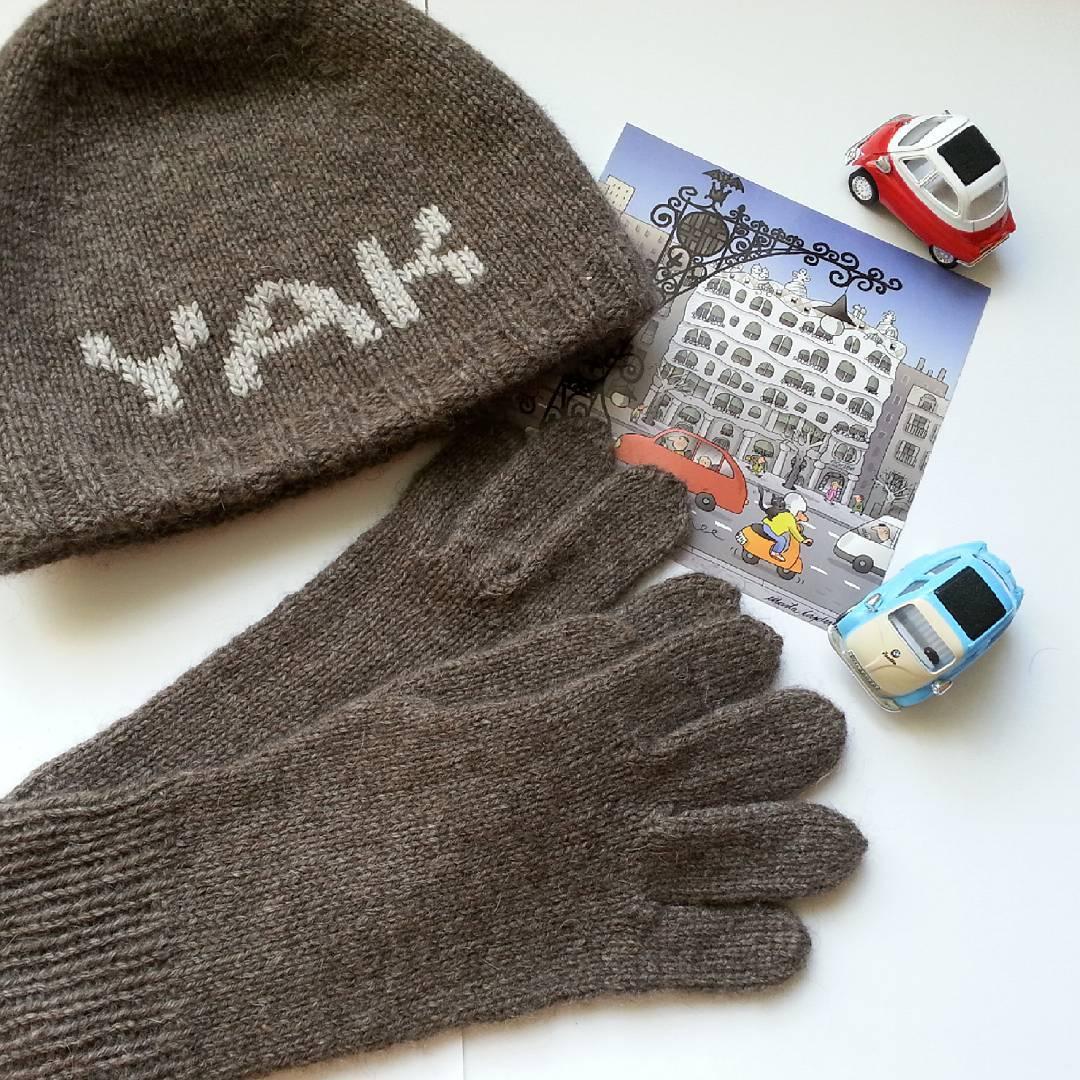 шапка и перчатки из пуха яка