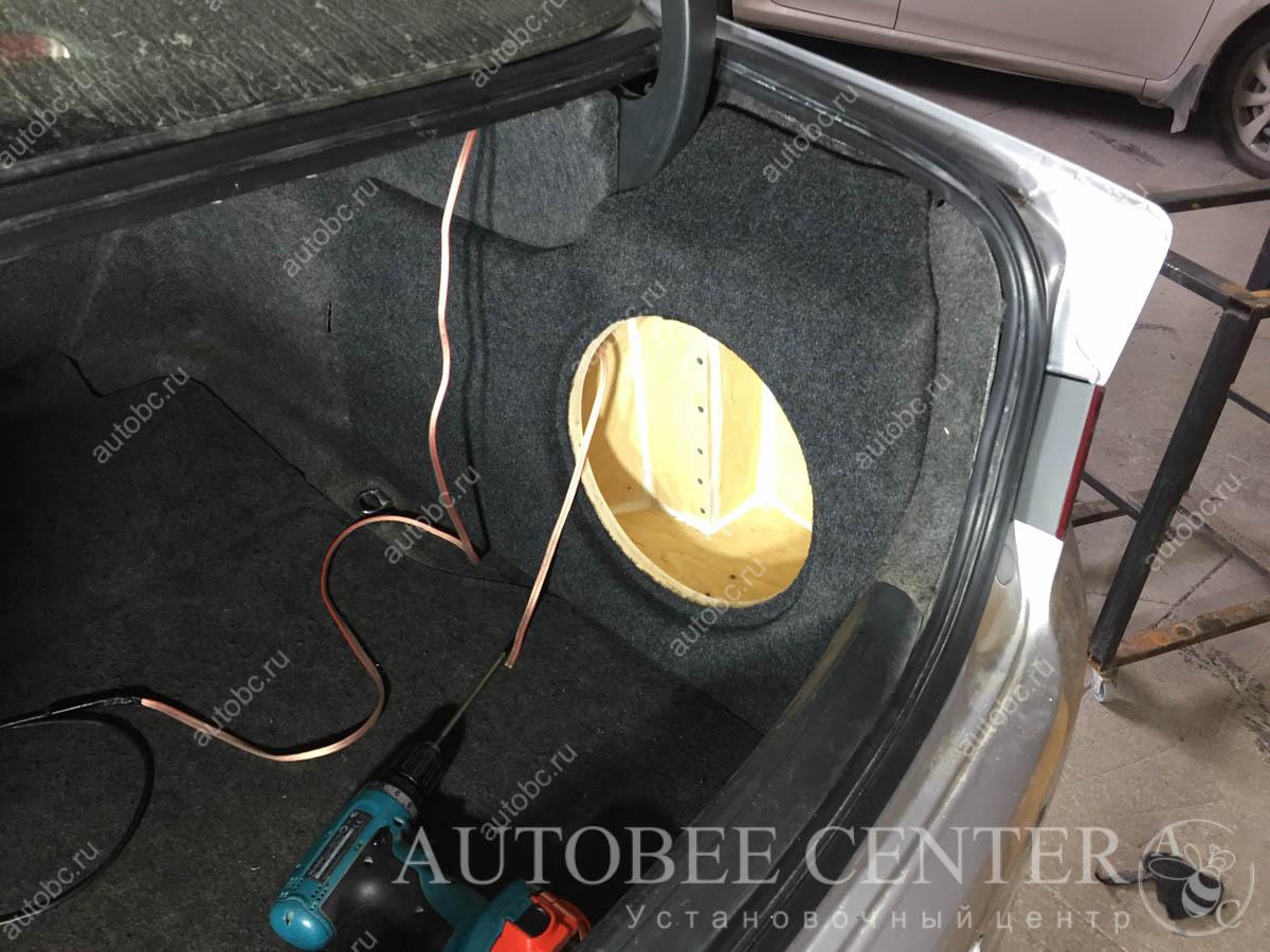 Honda Accord 7 (корпус Стелс под сабвуфер)