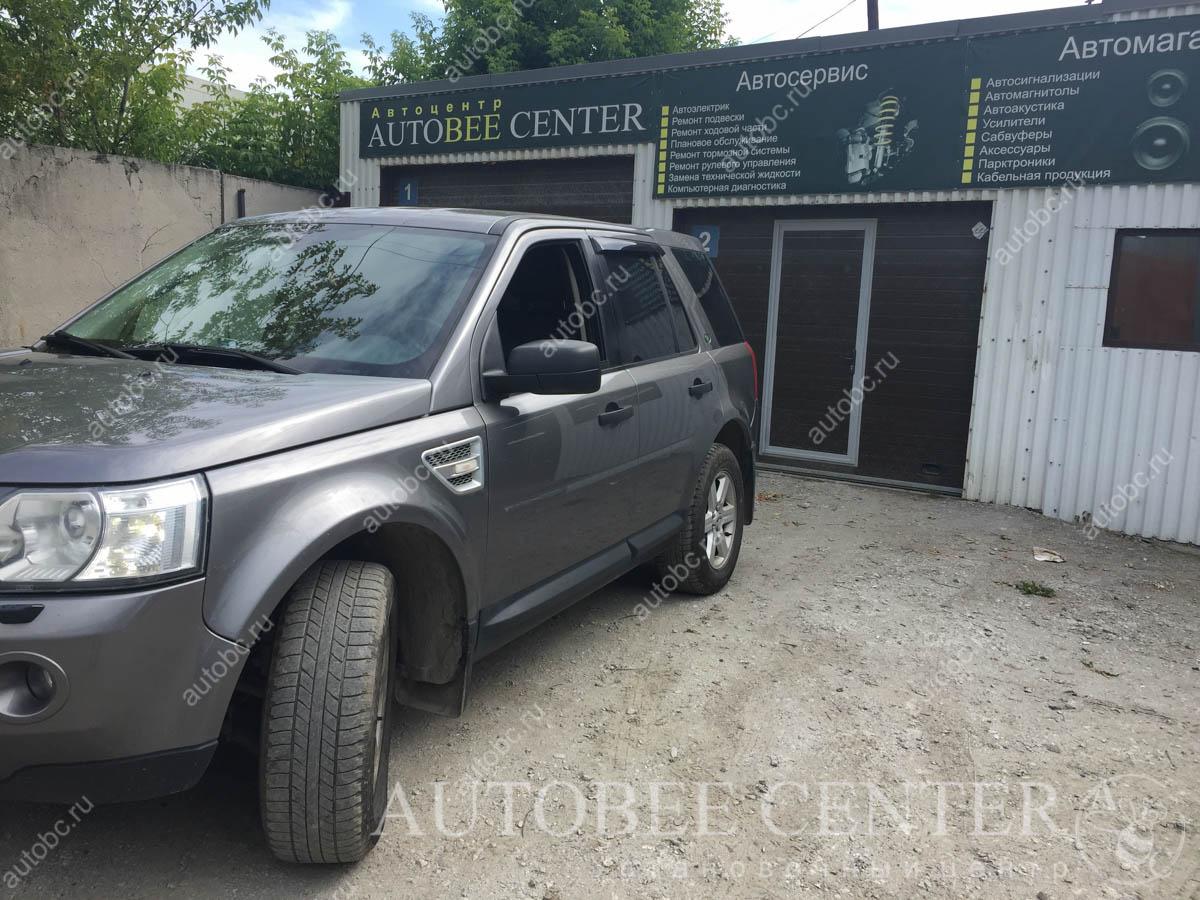 Land Rover Freelander II (установка планшета)