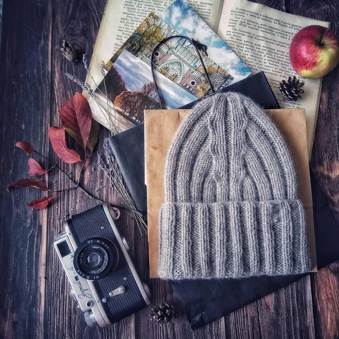 шапка из монгольской пряжи sarlag