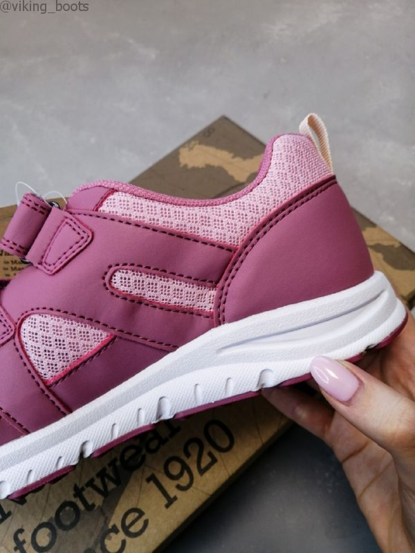 Кроссовки Viking Odda Pink/Violet