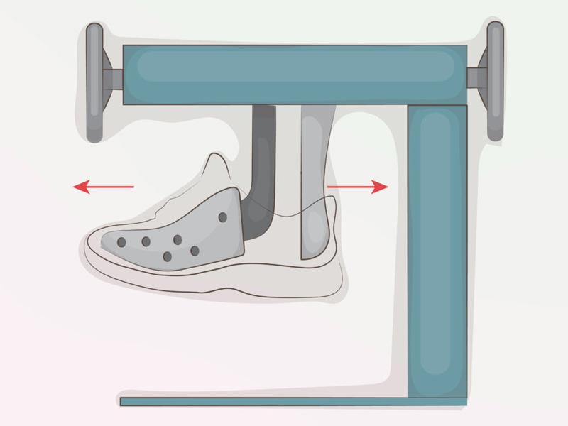 Растянуть кроссовки в мастерской