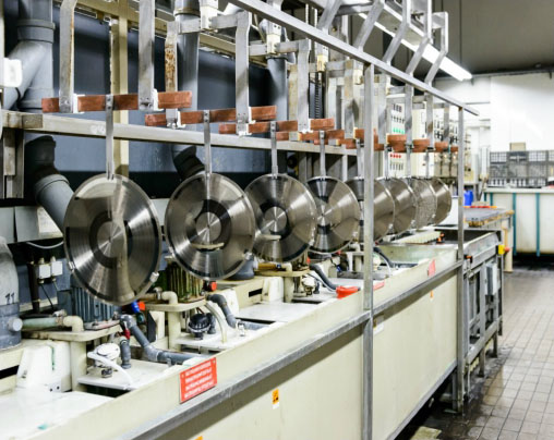 Производство современных виниловых пластинок