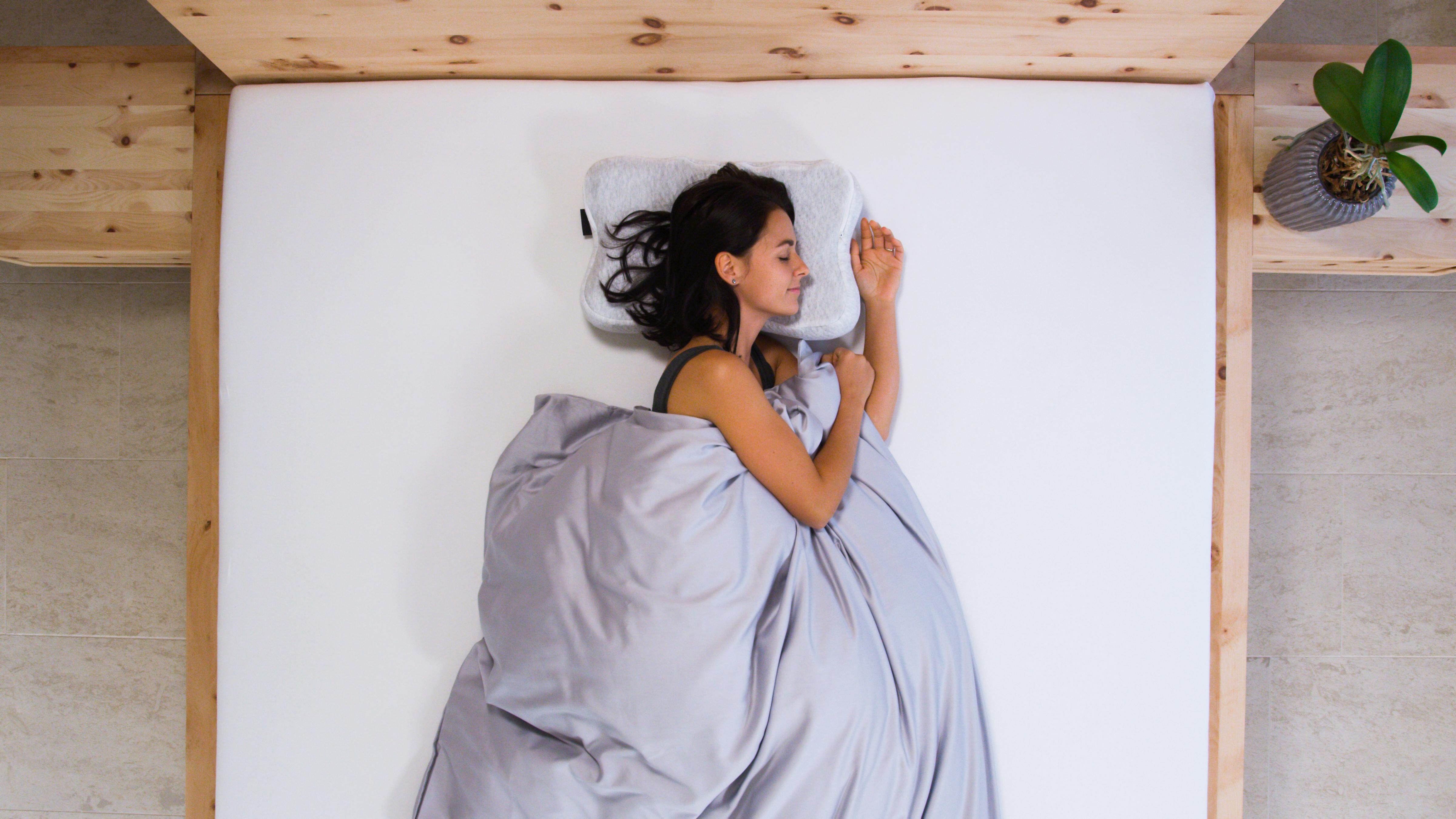Зручна подушка - запорука відновлюючого сну