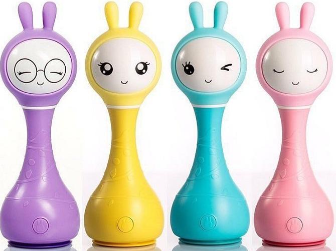 Умный зайка Alilo R1:фиолетовый, желтый, синий и розовый в интернет-магазине Мама Любит