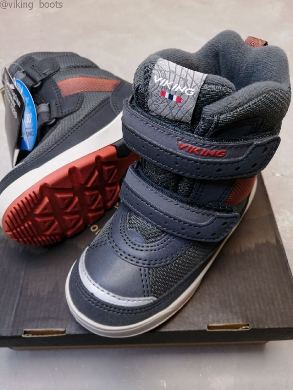 Ботинки Viking Play II R GTX купить в пепельно-черном цвете (сезон 2020-2021) можно в интернет-магазине Viking-boots