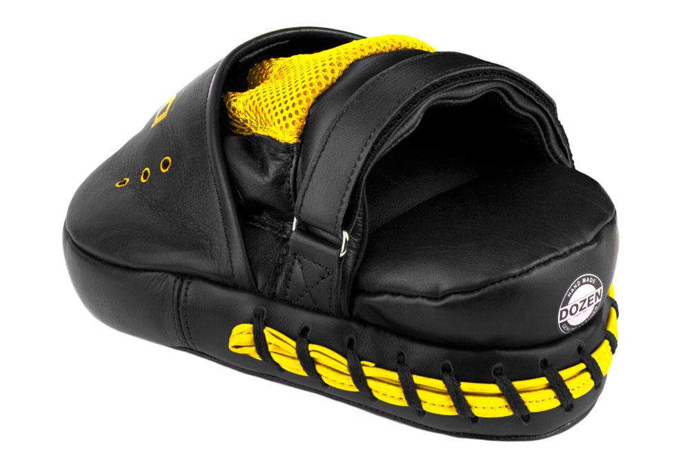 Лапы Dozen Monochrome черно-желтые фиксация и подушка под запястье