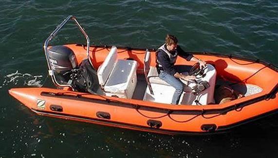 Лодка из хайпалона
