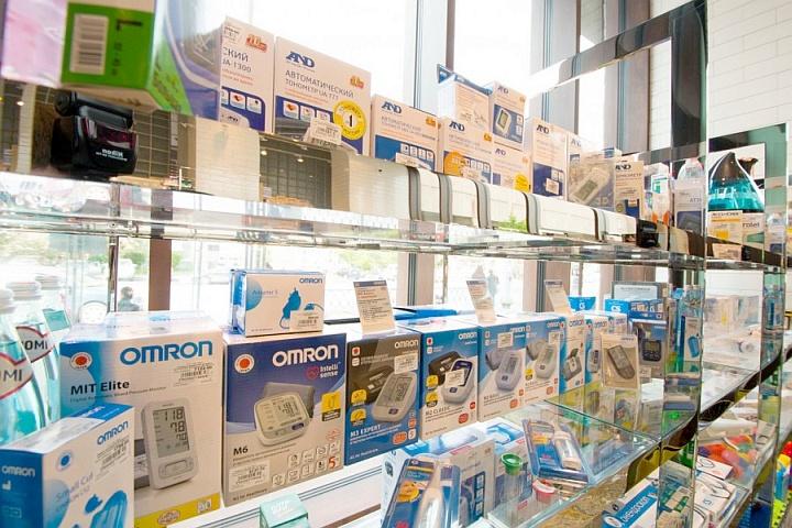 Медицинская техника продается в аптеке в качестве сопутствующей продукции