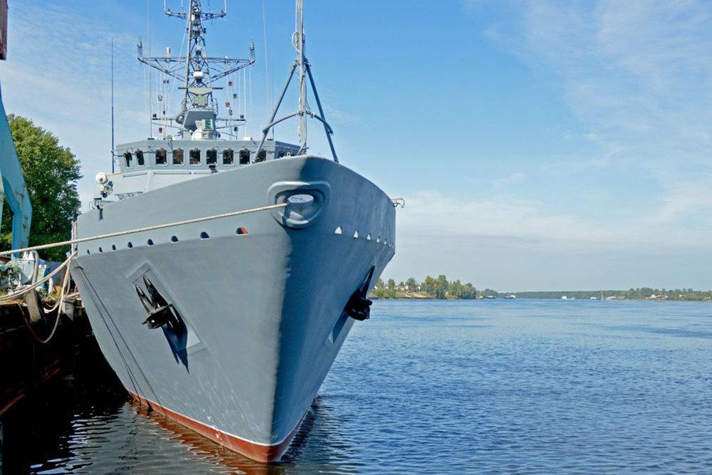 В Питере идут испытания стеклопластикового судна