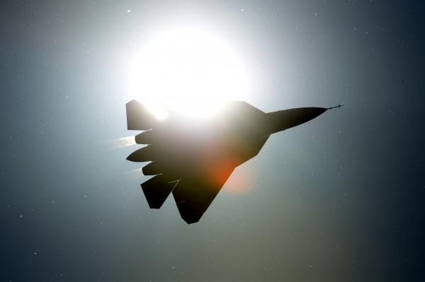 Стекло с наноразмерным покрытием сделает Су-57 невидимым