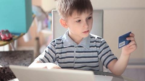 Финансовая свобода ребёнка под контролем родителей? Теперь это возможно с Tinkoff Junior!