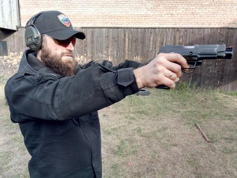 Устранение неисправности пистолета, по причине вздутия гильзы