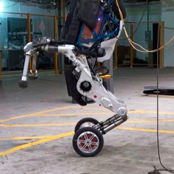Представлен двухколесный робот Handle