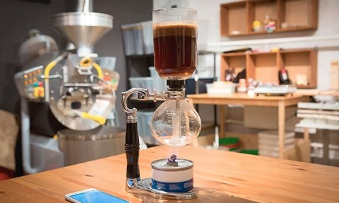 Красиво. Необычно. Вкусно. Завариваем кофе в сифоне.