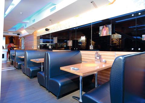 Самый популярный размер диванов для кафе