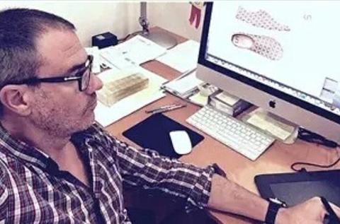 Фернандо - дизайнер обуви UIN