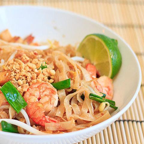 Готовое блюдо — Тайская лапша Пад тхай