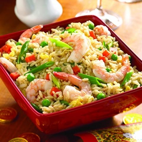 Готовое блюдо — Жареный рис с креветками