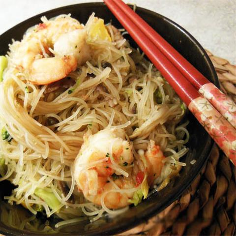 Готовое блюдо — Лапша с морепродуктами