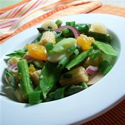 Готовое блюдо — Рыба с овощами в имбирном соусе