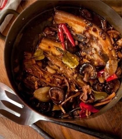 Готовое блюдо — Свиные ребрышки по-сычуаньски