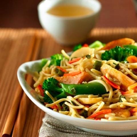 Готовое блюдо — Овощи по-тайски