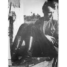25 апреля родился Александр (Шера) Израилевич ШАРОВ (наст. фамилия — Н ю р е н б е р г; 1909-1984), русский писатель, историк детской литературы