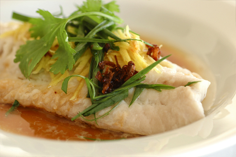 Готовое блюдо — Рыба на пару по-кантонски