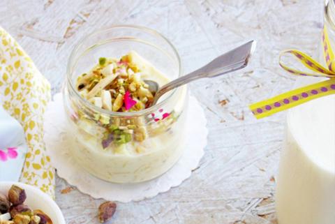 Готовое блюдо — Сабудана кхир (пудинг из тапиоки)