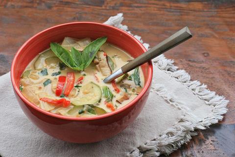 Готовое блюдо — Тайский овощной суп