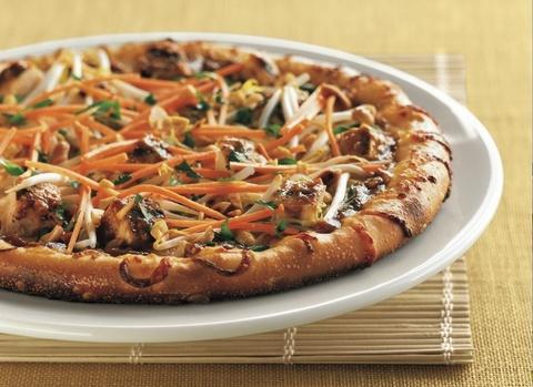 Готовое блюдо — Тайская пицца