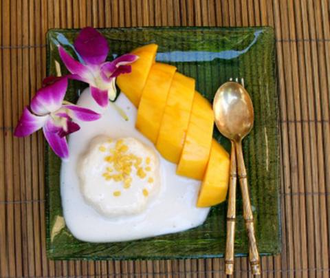 Готовое блюдо — Клейкий рис с манго