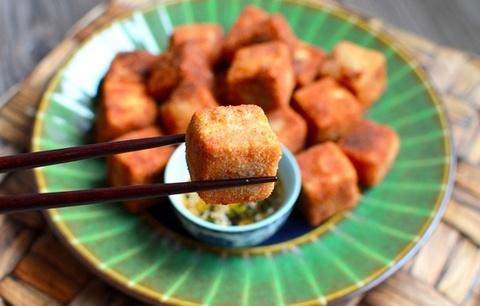 Готовое блюдо — Жареный тофу со специями