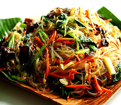 Готовое блюдо — Корейская лапша чапчай