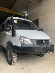 Установка силового бампера на автомобиль ГАЗ Соболь 4х4.
