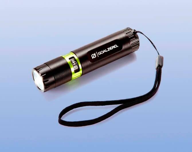 Обзор на фонарь Goal Zero Black Flash