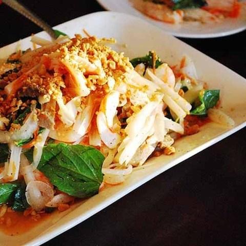 Готовое блюдо — Салат из лотоса