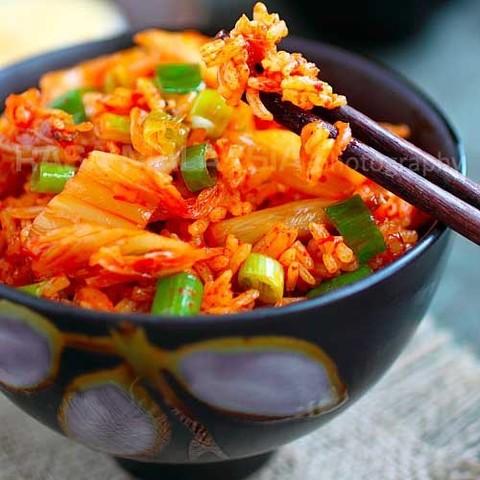 Готовое блюдо — Жареный рис с кимчи