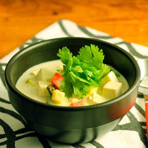 Готовое блюдо — Тайский зеленый суп