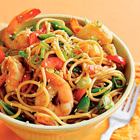 Готовое блюдо — Рамен с креветками по-китайски