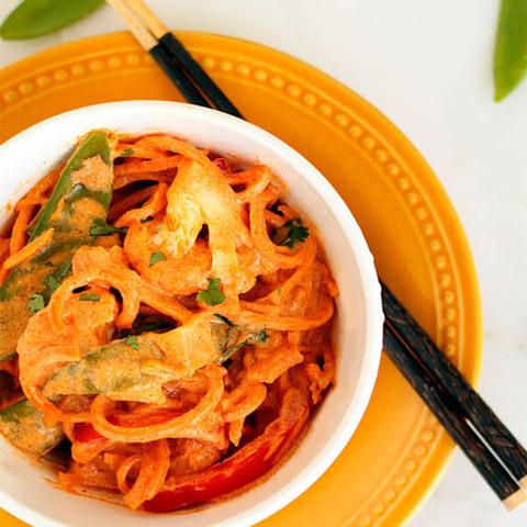 Готовое блюдо — Лапша в соусе матсаман