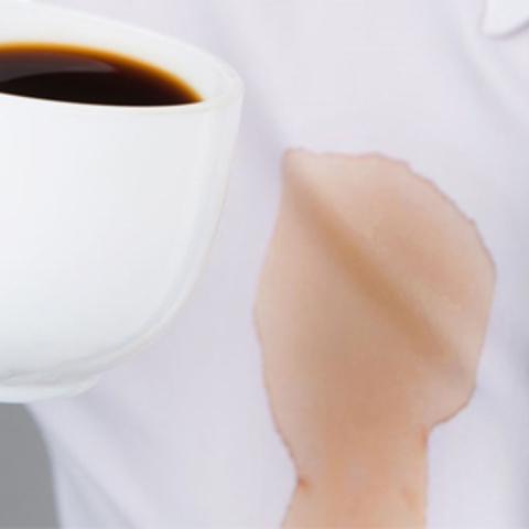 Способы отстирать пятна от кофе с одежды